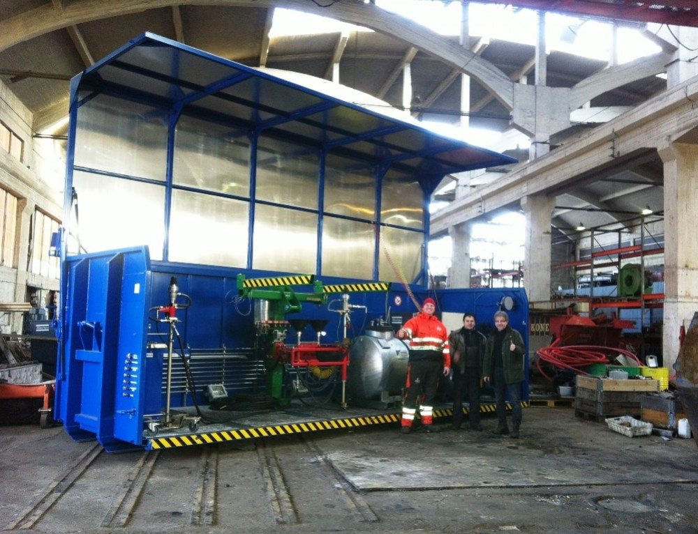 Mobile Altauto-Trockenlegung – Container im Einsatz