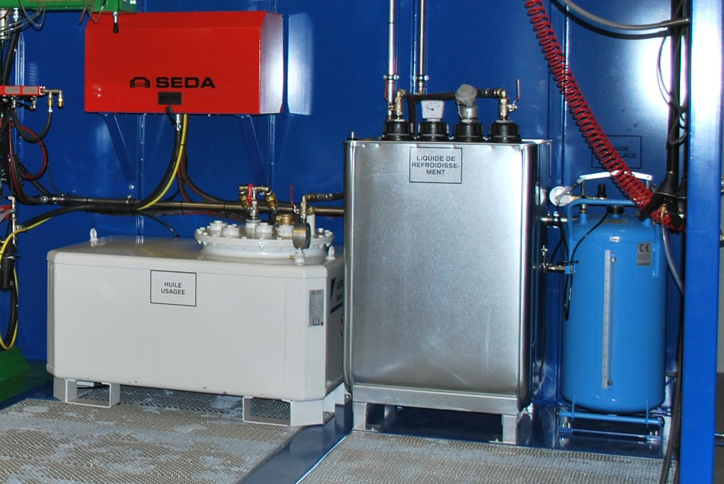 Integrated storage tanks
