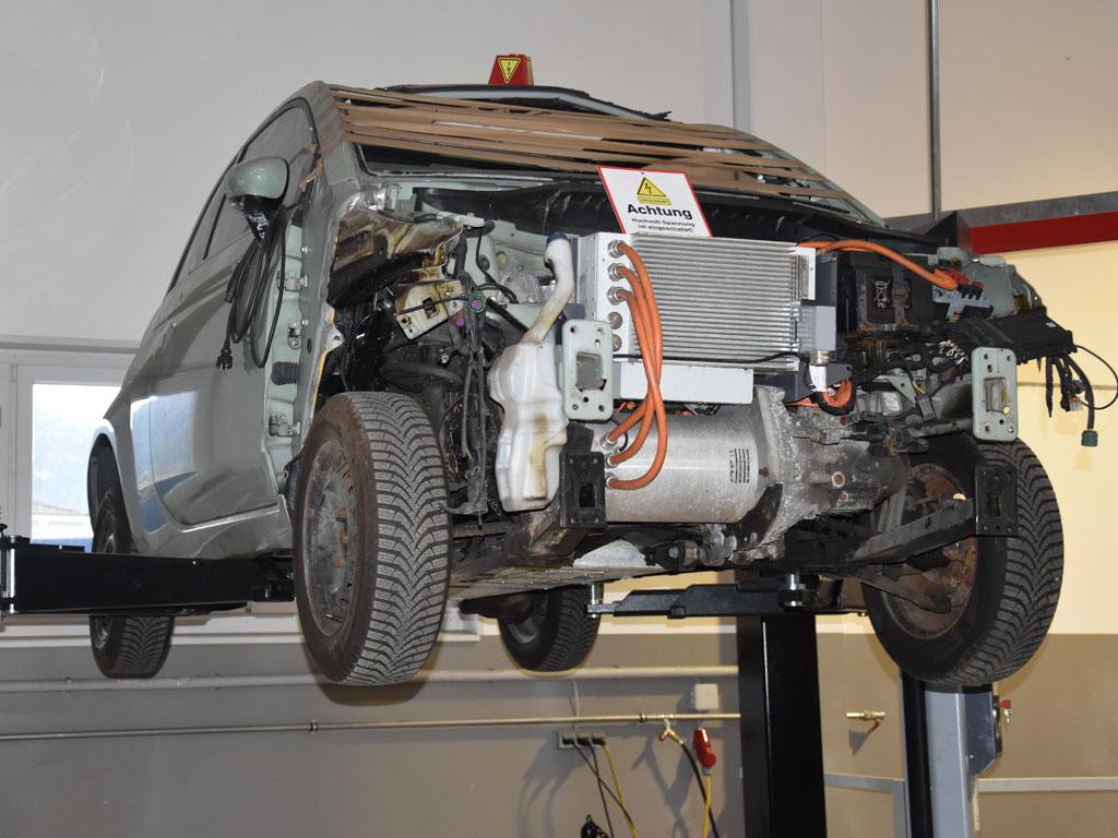 E Car System 2 - SEDA E-CAR Recycling Station