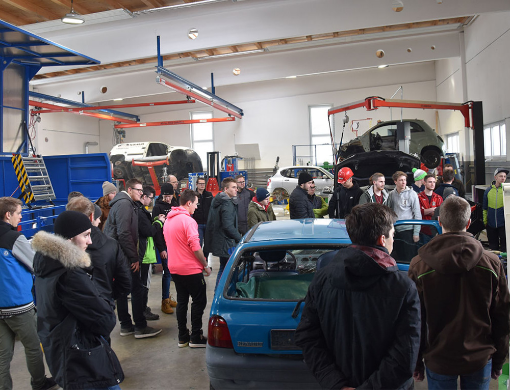 Vocational students visit SEDA