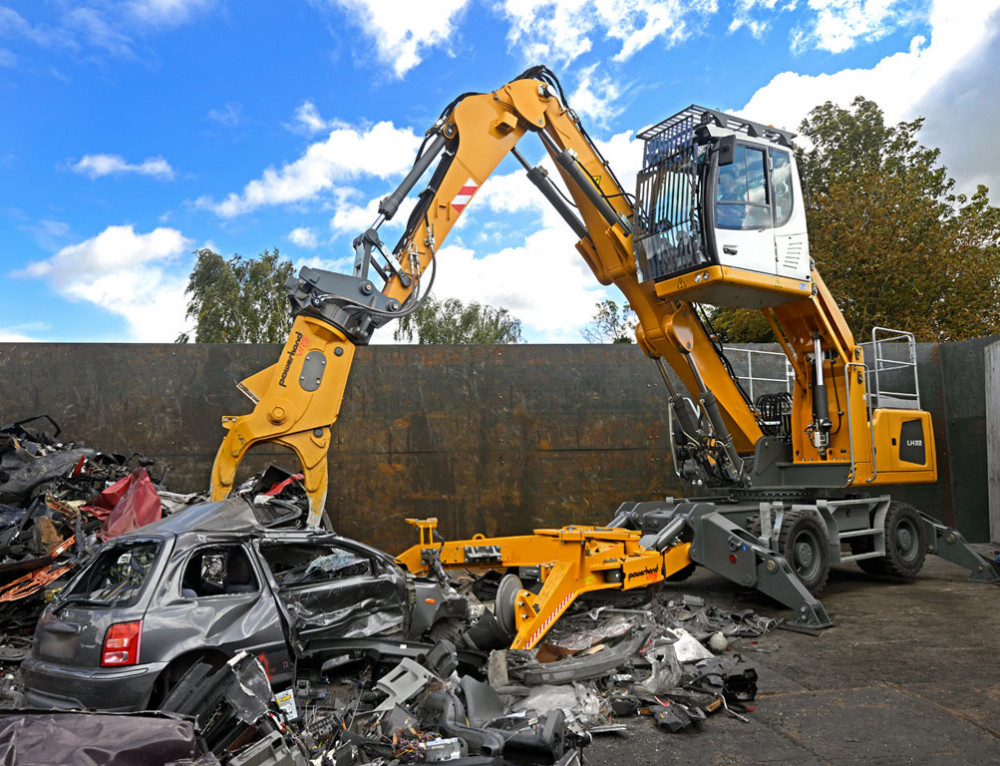 New Liebherr LH26 electric excavator with Powerhand VRS