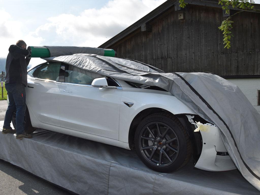 Elektro Fahrzeug Sicherheitshuelle 3 - SEDA E-CAR-Security Blanket
